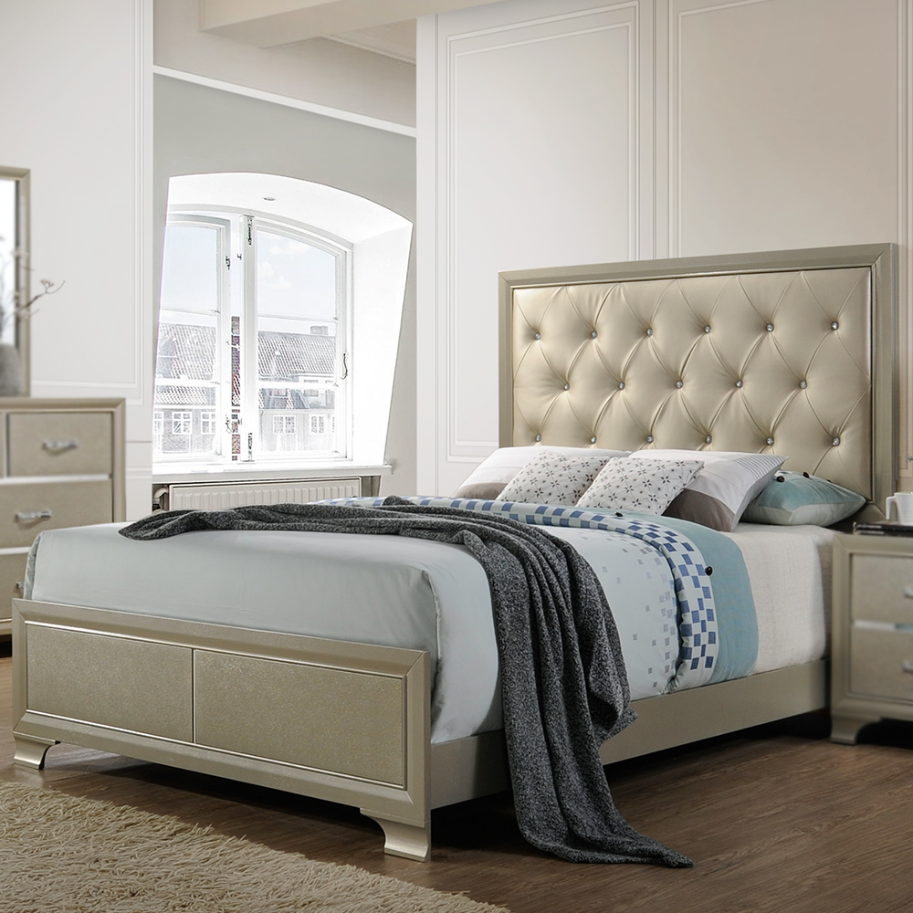 Tuscola Upholstered Bed (King/Queen)