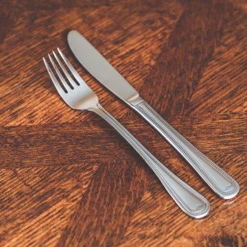 Dinnerware & Silverware